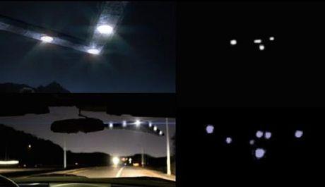 Thot tim khi UFO tam giac tat dau xe hoi tai My - Anh 1