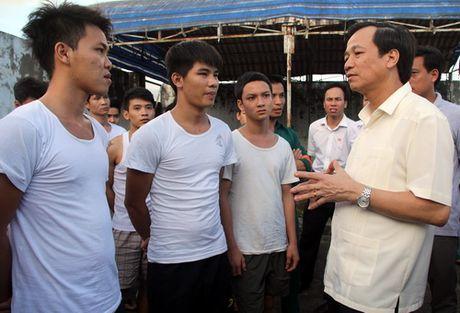 Bo truong Lao dong: 'Co so cai nghien qua tai vay ai ma chiu noi' - Anh 1