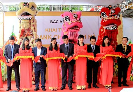 BAC A BANK lien tiep khai truong chi nhanh moi - Anh 1