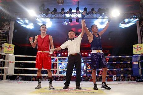Tan cong don dap, tay dam Viet Nhat gianh ve vao chung ket boxing - Anh 3