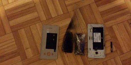 Dien thoai Samsung Galaxy J5 phat hoa - Anh 1