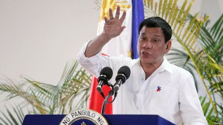 Philippines huy thuong vu mua sung truong My - Anh 1