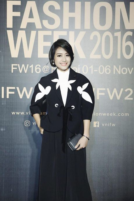 MC Phi Linh ca tinh, day bien hoa tai Vietnam International Fashion Week - Anh 7
