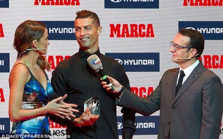 Vua gia han hop dong, Ronaldo da co danh hieu - Anh 1