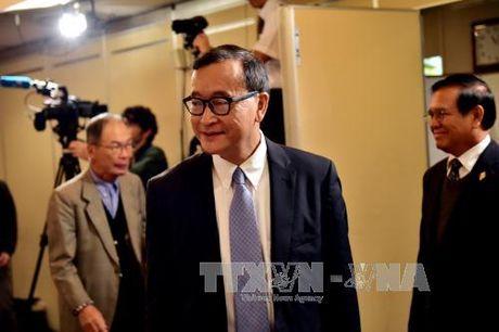 Toa Phnom Penh phat tien thu linh doi lap Sam Rainsy - Anh 1