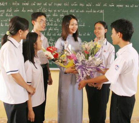 TP.Ho Chi Minh yeu cau to chuc ngay 20/11 khong huy dong phu huynh dong gop - Anh 1
