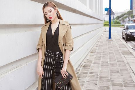 Hau The Face, Chung Huyen Thanh dien street style khoe dang thon gon - Anh 1
