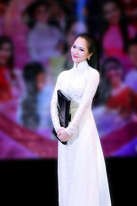 Duong Kim Anh dien ao dai, hat bolero 'ngot lim' - Anh 2