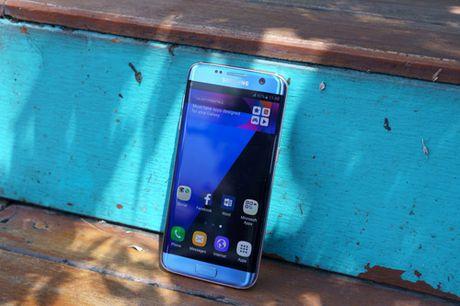 Galaxy S7 edge Xanh Coral - Ve dep tu su an nhien - Anh 1