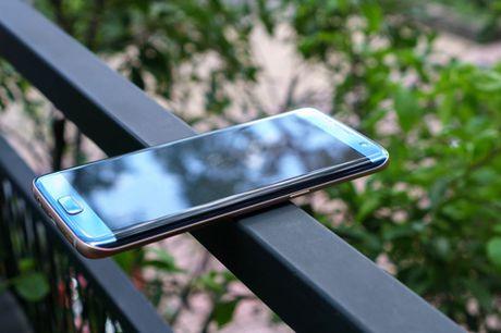 Galaxy S7 edge Xanh Coral - Ve dep tu su an nhien - Anh 3