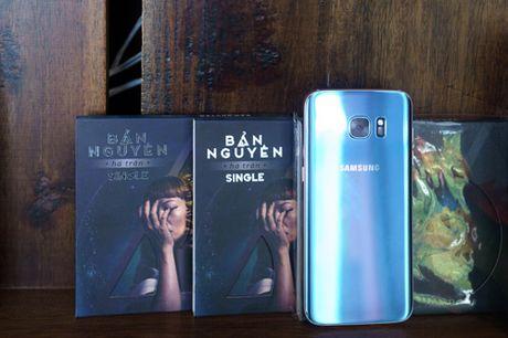 Galaxy S7 edge Xanh Coral - Ve dep tu su an nhien - Anh 5