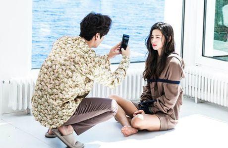 Jeon Ji Hyun khoe vai tran giua dam sen khi vao vai tien ca - Anh 7