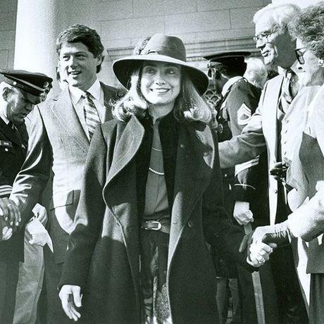 Ba Hillary Clinton tranh cu bang bieu tuong thoi trang tren mang xa hoi - Anh 3