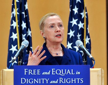 Hillary Clinton: 'Toi luon ung ho cong dong LGBT' - Anh 3