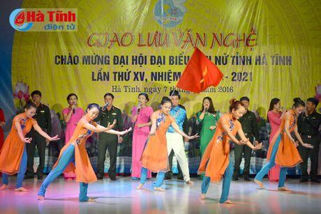 Lien hoan van nghe mung Dai hoi Phu nu tinh Ha Tinh - Anh 1