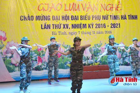 Lien hoan van nghe mung Dai hoi Phu nu tinh Ha Tinh - Anh 4