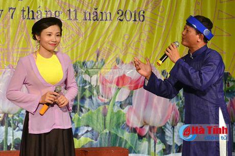 Lien hoan van nghe mung Dai hoi Phu nu tinh Ha Tinh - Anh 6