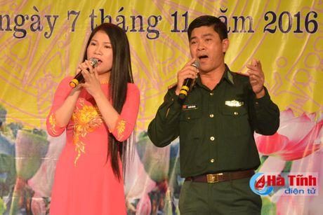 Lien hoan van nghe mung Dai hoi Phu nu tinh Ha Tinh - Anh 9