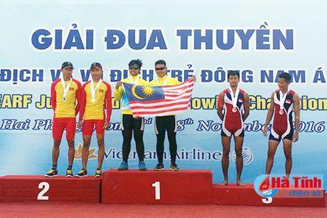 VDV Ha Tinh thang lon Giai Rowing vo dich va vo dich tre DNA - Anh 2