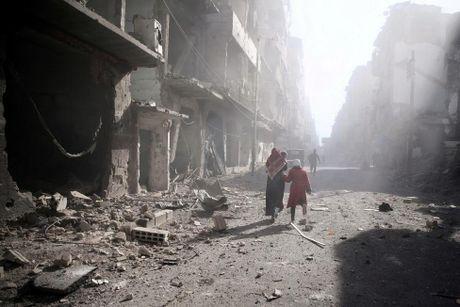 Thu do Damascus, Syria tan hoang sau nhung cuoc khong kich - Anh 10