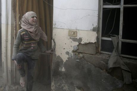 Thu do Damascus, Syria tan hoang sau nhung cuoc khong kich - Anh 1