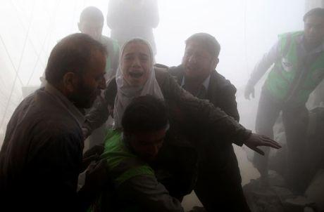 Thu do Damascus, Syria tan hoang sau nhung cuoc khong kich - Anh 3