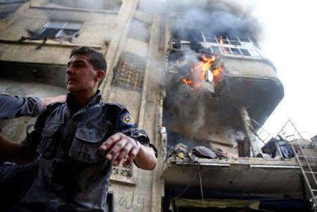 Thu do Damascus, Syria tan hoang sau nhung cuoc khong kich - Anh 5