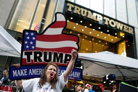 Donald Trump va Hillary Clinton se 'danh thuc' ca the gioi tai New York - Anh 1