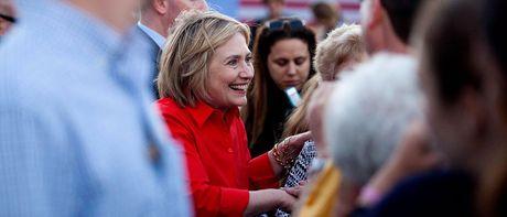 Ba Hillary Clinton tu tin vao chien thang: 'Viec chung ta lam moi chi thuc su bat dau' - Anh 1