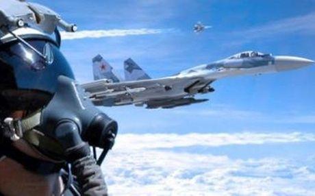 Ban Su-35, Nga thach Trung Quoc sao chep - Anh 1