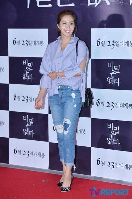 Phu nhan Choi Yoo Jin (The K2) cu tre dep the nay, bao sao YoonA (SNSD) bi lu mo - Anh 12