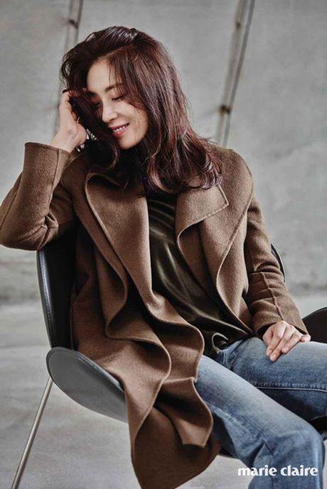 Phu nhan Choi Yoo Jin (The K2) cu tre dep the nay, bao sao YoonA (SNSD) bi lu mo - Anh 19