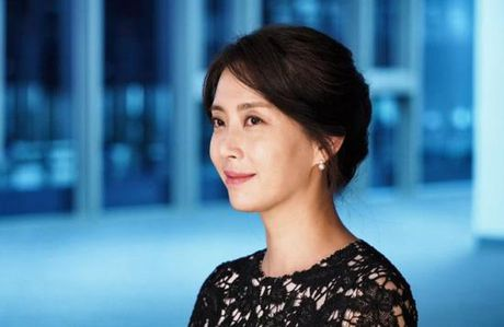 Phu nhan Choi Yoo Jin (The K2) cu tre dep the nay, bao sao YoonA (SNSD) bi lu mo - Anh 1