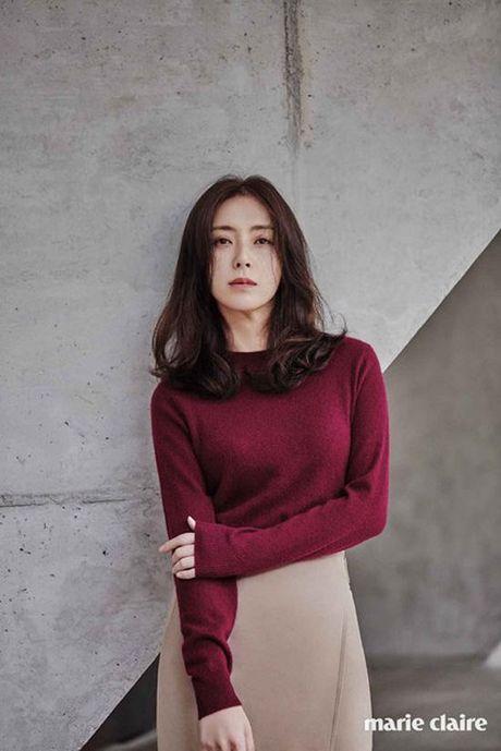 Phu nhan Choi Yoo Jin (The K2) cu tre dep the nay, bao sao YoonA (SNSD) bi lu mo - Anh 22