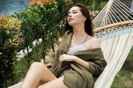 Mai Phuong Thuy khoe vong eo con kien sau scandal chinh anh qua da - Anh 11