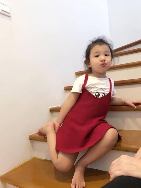 Jennifer Pham 'vac' bung bau 7 thang di chup hinh - Anh 7