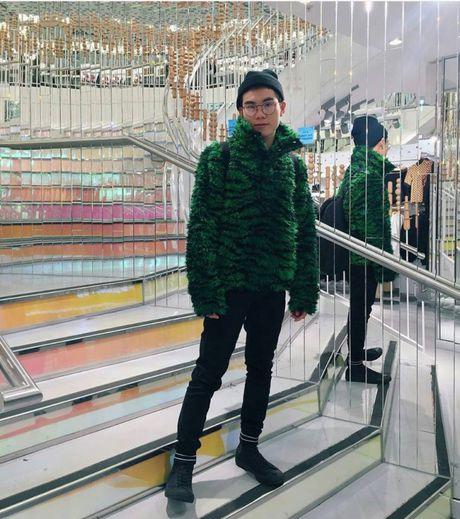 Dao instagram de thay hoi fashionista the gioi 'giai quyet' cac item tu BST H&M x Kenzo nhu the nao! - Anh 12