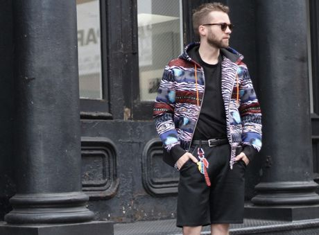 Dao instagram de thay hoi fashionista the gioi 'giai quyet' cac item tu BST H&M x Kenzo nhu the nao! - Anh 9