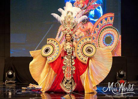Dai dien Viet Nam - Xuan Thuy lot top 5 Hoa hau Quy ba - Mrs World 2016 - Anh 3