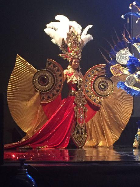 Dai dien Viet Nam - Xuan Thuy lot top 5 Hoa hau Quy ba - Mrs World 2016 - Anh 4