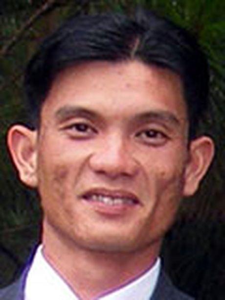 Cong an den tan nha lam can cuoc: Hoan nghenh tinh than vi dan - Anh 3
