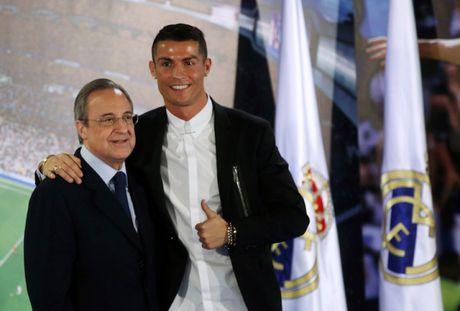 Ronaldo muon thi dau cho Real sau nam 40 tuoi - Anh 1