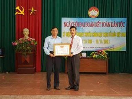 Huyen Hoai Duc to chuc Ngay hoi dai doan ket - Anh 1