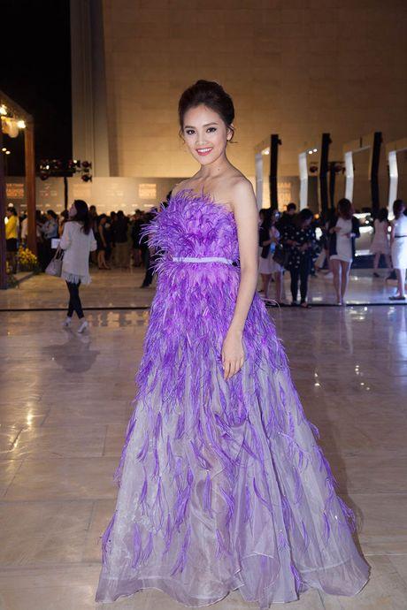 My Linh, Phuong Trinh mac chua dep o tuan le thoi trang - Anh 5