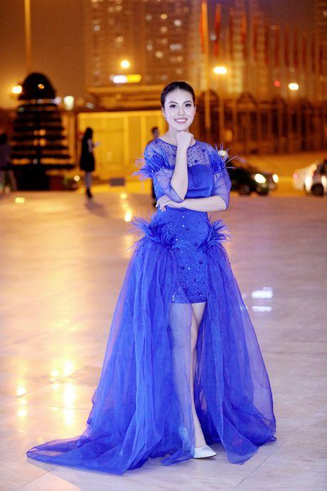 My Linh, Phuong Trinh mac chua dep o tuan le thoi trang - Anh 7
