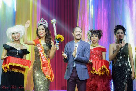Trinh Kim Chi dong vai ba bau Hoa hau Ao lang - Anh 5