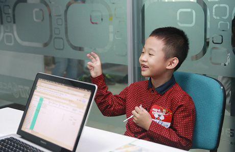 Con trai MC Thanh Van oa khoc khi di casting - Anh 2