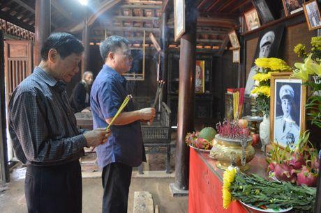 Hoi Xuat ban tang sach cho hoc sinh vung lu lut Quang Binh - Anh 2