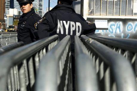 [Anh]: Luc luong an ninh hung hau tai New York trong ngay bau cu - Anh 3