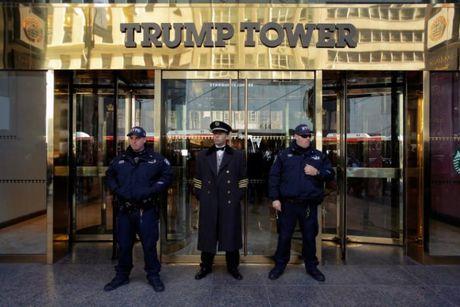 [Anh]: Luc luong an ninh hung hau tai New York trong ngay bau cu - Anh 6